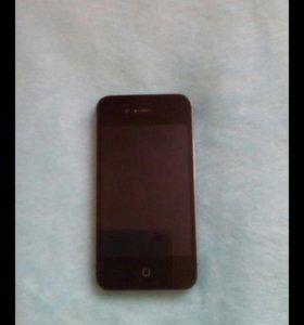 iPhone 4s 8gb + 2 чехла.