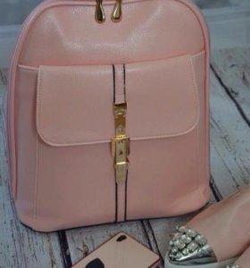 Нежный новый розовый рюкзак