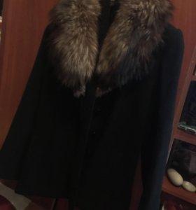 Пальто ,из натурального меха
