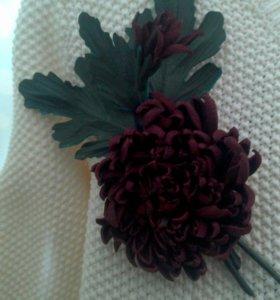 Брошь цветок из кожи