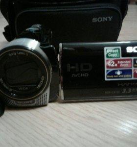 Видеокамера SONY HDR-CX130E с сумкой