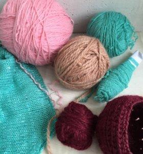 Пряжа для вязания.