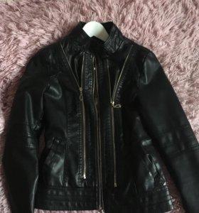 Куртка кожаная, размер s