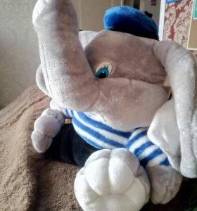 Игрушка слон
