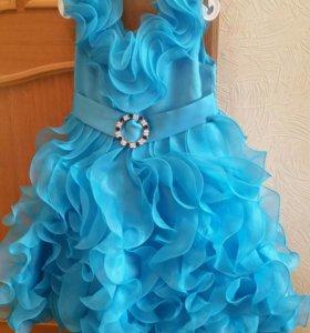 Платье голубое фирмы RICHIE HOUSE