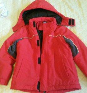 Куртка демисезонная.116-122см