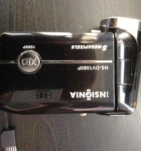 "Видеокамера ""insignia""."