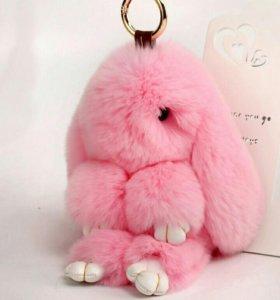 Брелок меховой кролик Розовый 18 см HQ
