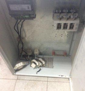 Продам ящик под электрику