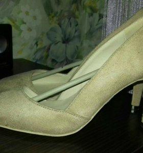 Туфли замшевые 36,5