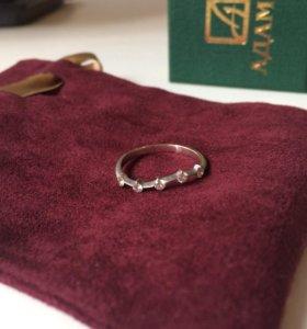Кольцо с 5-тью бриллиантами