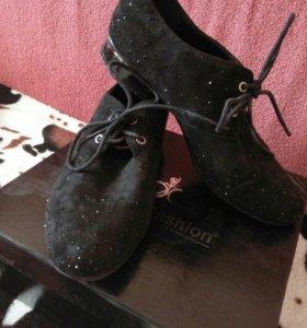 Ботинки женские(замша)