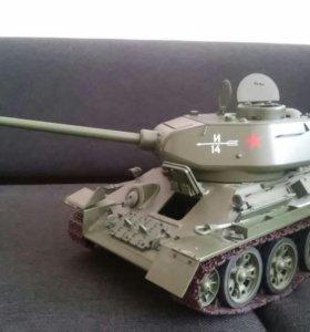 Точная копия танка Т34-85 в металле