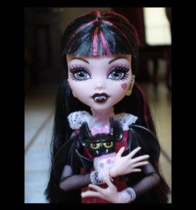 Кукла Дракулаура monster high с питомцем