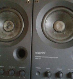 Мониторные колонки, микрофон, звуковая карта