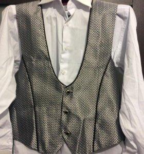 Мужская жилетка с рубашкой