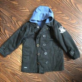 Куртка на мальчика 5-7лет!