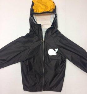 Непромокаемая куртка новая