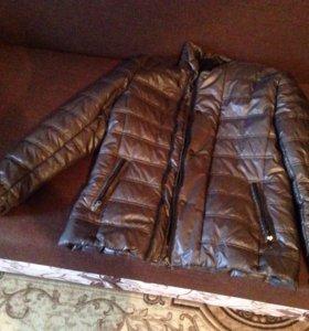 Продаю весеннюю куртку