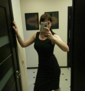 Платье-футляр темно-серое, размер 44-46