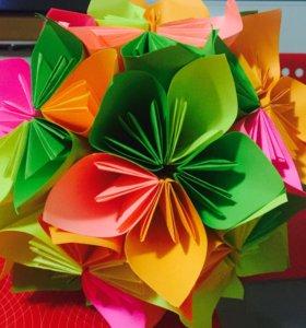 Оригинальный цветок из бумаги на заказ