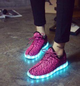 Кроссовки LED USB тряпочные