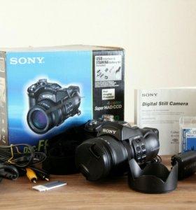 Фотоаппарат Sony Cyber-shot DSC-F828 (камера)