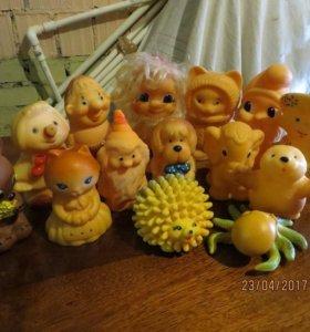 Резиновые игрушки 14 шт