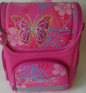 Продам новый портфель (рюкзак ) школьный