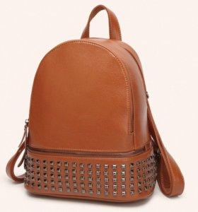 Рюкзак женский кожаный (новый)