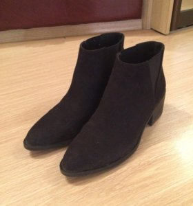 Ботинки на маленьком каблуке