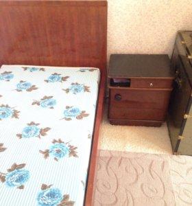 Кровать деревянная, б/ у