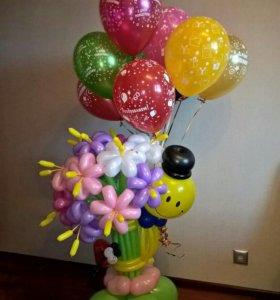 Букет из воздушных шаров на подставке
