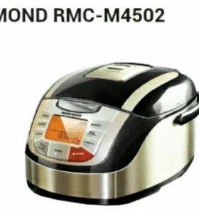 Мультиварка Redmond RMC-M 4502
