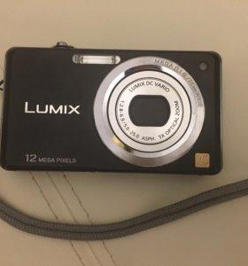 Цифровой фотоаппарат Lumis FS 10