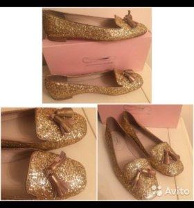 Новая обувь Балетки