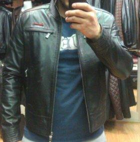 Кожанная куртка dsquared