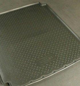 Коврик в багажник Mercedes (Мерседес)