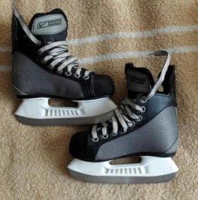 Коньки хоккейные детские Bauer Supreme