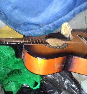 Гитары,,2 шт
