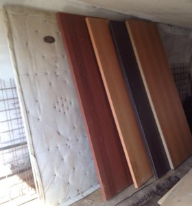 Продам межкомнатные двери 5 штук за 3200 руб.