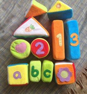 Мягкие , цветные, тряпичные кубики для малышей