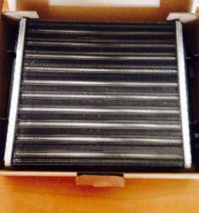 Радиатор новый на 2107