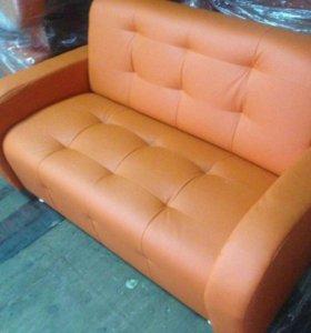 Новый 2хместный диван