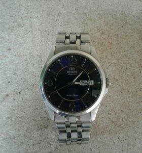 Часы Orient EM7G