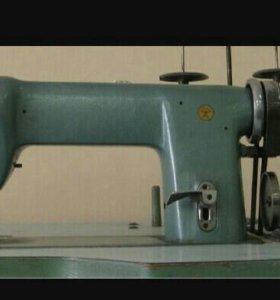 Профессиональная швейная машинка 97 класс