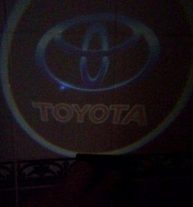 Световые знаки на авто