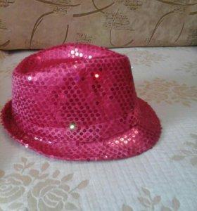 Мегающая шляпа
