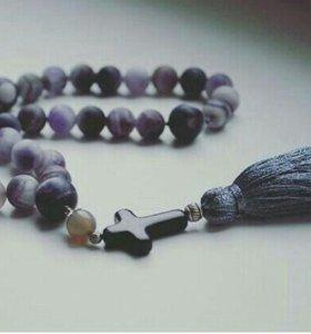Четки, браслеты, украшения из камня