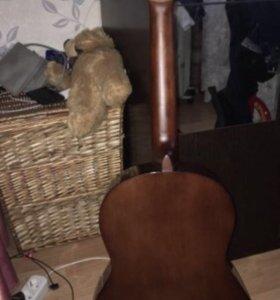 6ти струнная гитара Yamaha c40